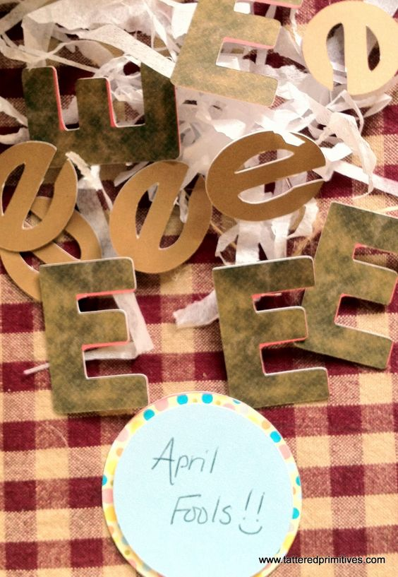 "For April Fools, one of my teacher friends played this awesome trick on her students!! Liked it so much I had to post this somehow!  She told her students that she made them brownies. She told them she would give them to them at the end of the day. All day long they talked about them. She cut out a bunch of brown letter Es. She pulled out the ""brown Es"" at the end of the day and they were so sad! Good thing she had brought real brownies too! This is so great, so stealing this Brittany!!: Actual Brownies, Fools Brownies, Brown Letter, Brought Brownies, Brown E S, Real Brownies, Chocolate Brownies, Brownies Cut"