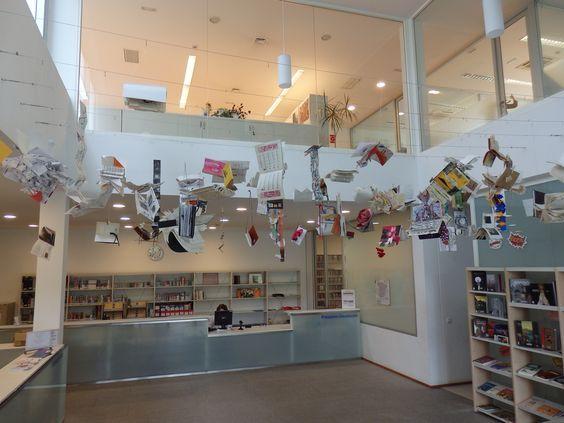Na Biblioteca Central do Campus de Ourense, na Universidade de Vigo. #Diadolibro