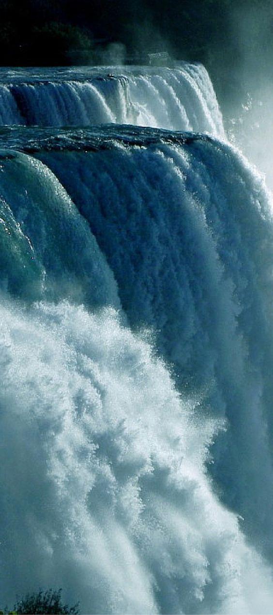 Das muss man in Kanada gesehen haben: Die Niagarafälle! #kanada #niagarafälle…