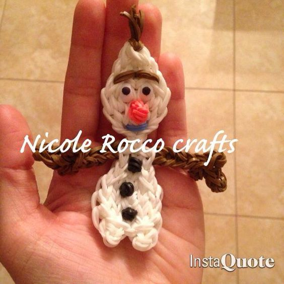 OLAF from frozen. Designed and loomed by Nicole Rocco. (Rainbow Loom FB page) Rainbow Loom - Please Follow and Repin!