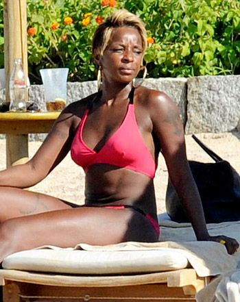 Consider, that Mary j blige nude bikini pity