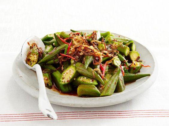 Wok-Fried Okra with Shallots and Chili Paste #Seasonal #StirFry #Okra