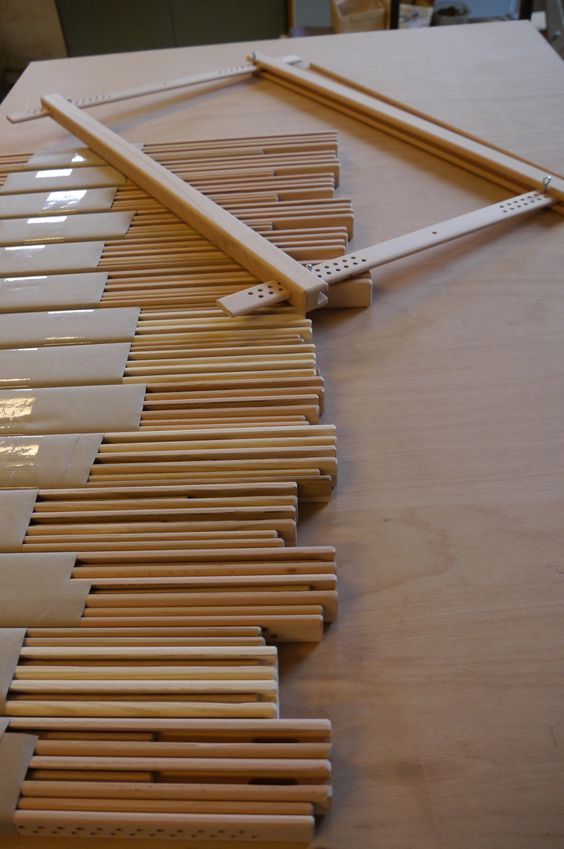 """Stickrahmen - Herstellung von Stickrahmen, Modell """"Easy Frame"""" Arbeitsbreite 45cm oder 60 cm, Stoff wir in Keilnut geklemmt und dann gespannt, embroidery frame"""
