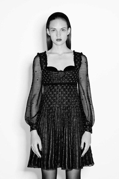 See the complete Alexander McQueen Pre-Fall 2016 collection.