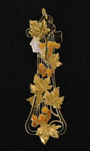 Autumn Pendant / Rene Lalique / c. 1900 / Gold, enamel