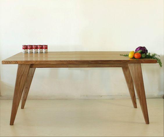Mesa de comedor realizada en madera maciza de paraiso - Medidas mesa comedor ...