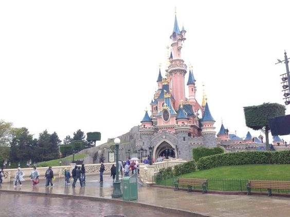 Disneyland - France