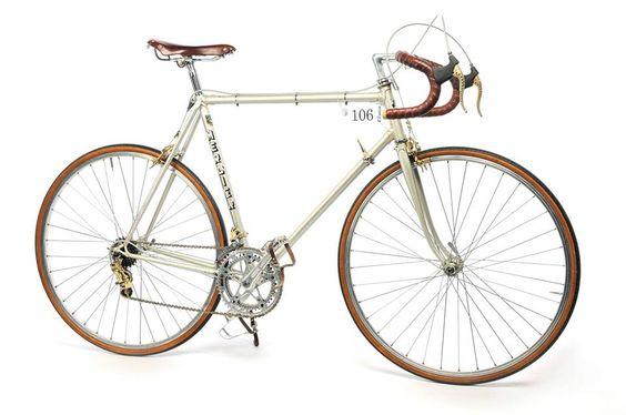 Perfekt für die VeloClassico 20.9. - Retro-Reifen von Conti | aktiv Radfahren