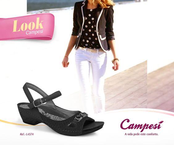 Tem uma combinação que é 100% sucesso: preto & branco. Estampas clássicas, como as bolinhas, também entram nessa categoria. Inspire-se neste look e finalize com uma sandália Campesí.