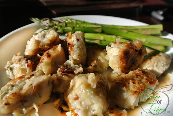 Lemon Chicken - clean and healthy recipe. Competition / Athlete Diet friendly! Two versions, one is low-carb (only 3g!).