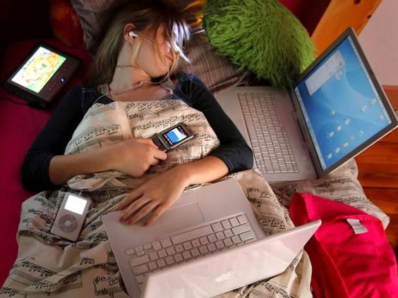 Tips que indican que Internet es culpable de tu insomnio...