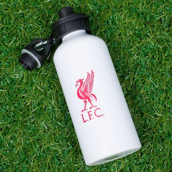 Personalised with your team on the front, and your name on a shirt motif on the back| Personalised Football Sports Water Bottles | GettingPersonal.co.uk