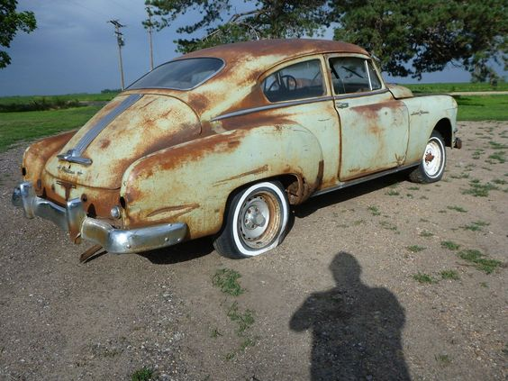 Gas monkey lowrider and rat rods on pinterest for 1950 pontiac 2 door
