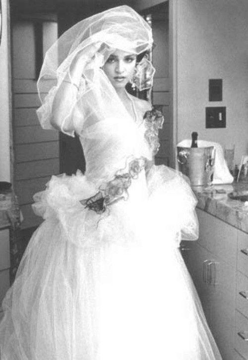 Vintage Wedding Dress Worn By Madonna 1985 Celebrity Wedding Photos Lady Madonna Bride
