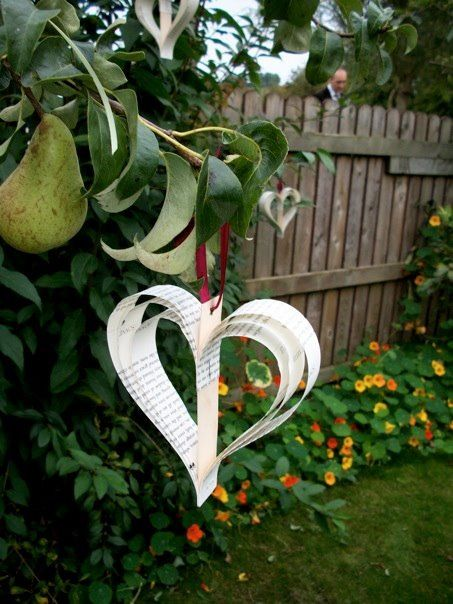 Paper hearts made from books of romantic poetry