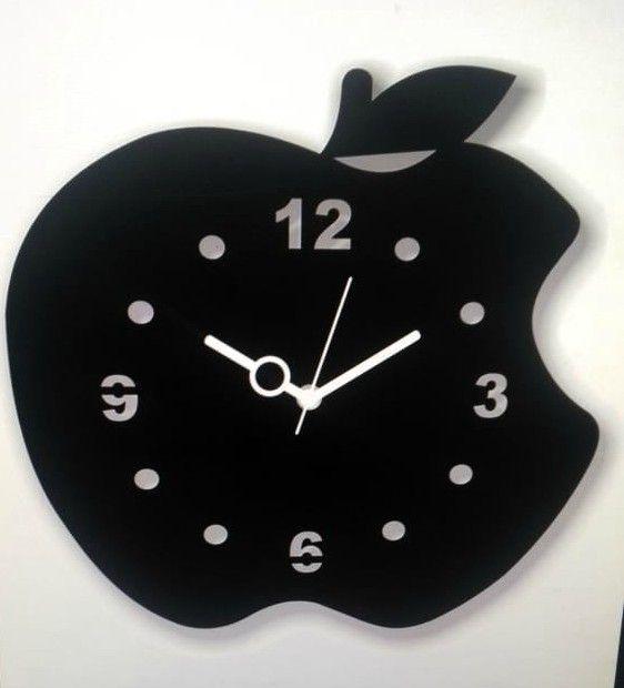 تكمل ساعات الحائط جميع أنواع الديكور ويمكن لساعات الحائط أن تكون مركز الاهتمام للغرفة كما تأتي ساعات الحائط في جميع Wall Clock Design Clock Design Wall Clock