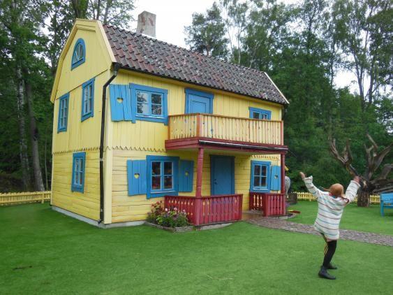 Pippi Langstrumpf und die Villa Kunterbunt im Themenpark Astrid Lindgrens värld