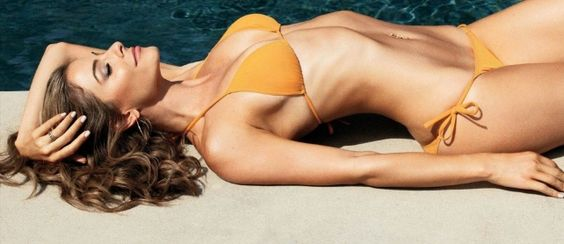 "The 20 Hottest Photos of Maria Menounos (1 of 20) | The premiere of new reality show ""Chasing Maria Menounos"" premieres tonight. Check out the star's most sexy photos ..."