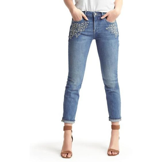 Gap Women AUTHENTIC 1969 Embroidered Daisy Best Girlfriend Jeans ($80) ❤ liked on Polyvore featuring jeans, medium indigo, tall, petite stretch jeans, stretch jeans, relaxed fit jeans, petite denim jeans and white jeans