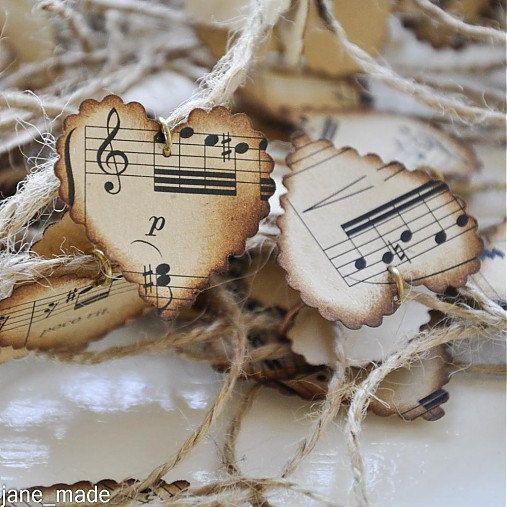 coeurs de musique papier Vintage, mariage notes de musique de décoration, papier musique, pièce maîtresse de table de mariage, coeurs de papier handcolored, 50 pcs