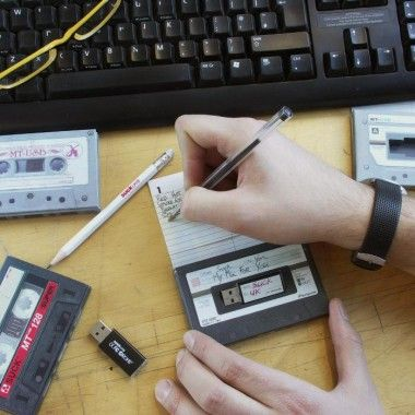 Suck UK Mix Tape USB Drive Speicherstick