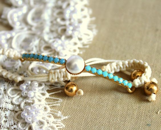 Friendship bracelet Turquoise crystal and pearls white braided bracelet...