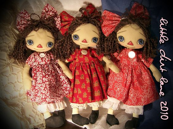 Diddie Dolls  by littledirtlane, via Flickr