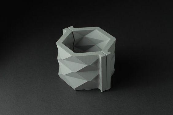 Hexagon Vase Mold  Reusable Mold  Sizes S-XXL  Now by BoldPrints