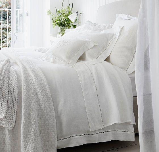 Summer Bedlinen Keep Cool And Cosy With The White Company Bedroom Sets How To Dress A Bed Cheap Bed Linen