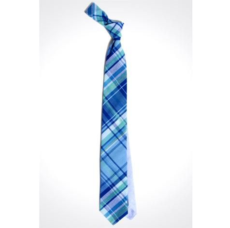 i pin a lot of ties i like, yet i prefer going tieless with a button-down collar.