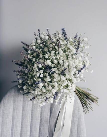 2019 S Trending Simple Baby S Breath Flowers Bouquet Accompanied With A Touch Of Lavender Lavender Bridal Bouquet Flower Bouquet Wedding White Wedding Flowers