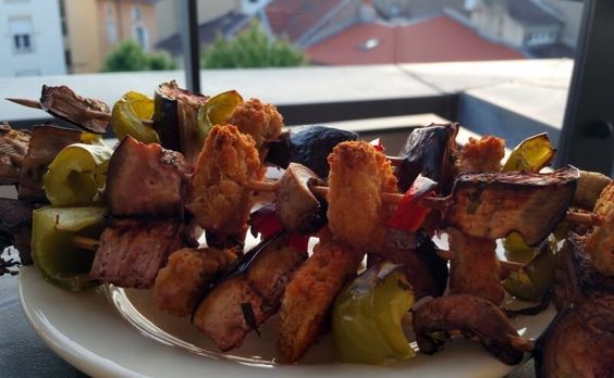 Recettes et conseils pour devenir un pro des barbecues végans #govegan #sansgluten  #petafrance @PETA_France   @Mj0glutenVG #0GlutenVegeBrest #Recettes #conseils #barbecues #végans #BBQ