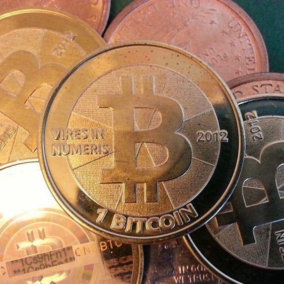 ¿Qué se traen los bitcoins de los que todos hablan?