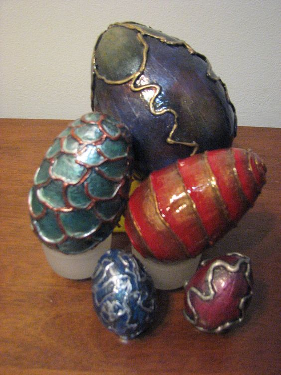 Make your own Dragon Eggs. An easy alternative craft for Easter/Eostre/Ostara.: