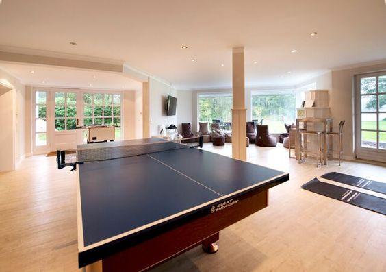 Table tennis, ping-pong in sportsbar │    Seehotel Töpferhaus   @toepferhaus   #toepferhaus