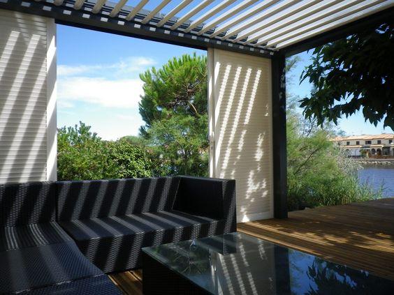 pergolas lames orientable avec brise vue coulissant le tout en aluminium pergolas. Black Bedroom Furniture Sets. Home Design Ideas
