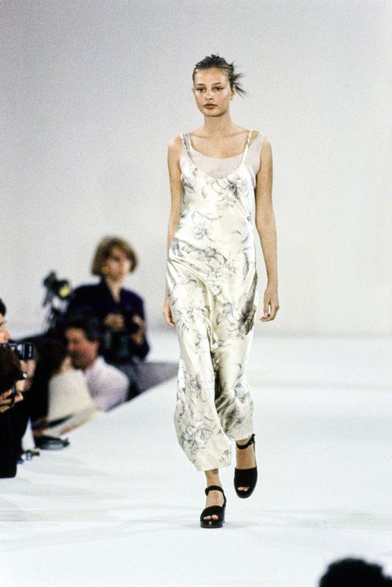 Calvin Klein Collection Spring 1994 Ready-to-Wear Fashion Show - Bridget Hall