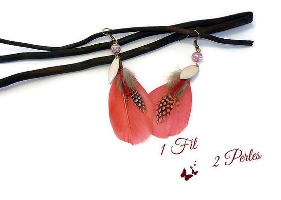 Boucles d'Oreilles Pendantes Bronze Plume Rose par 1fil2perles