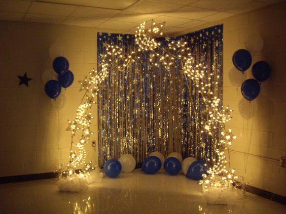 Photo backdrop idea graduation ideas pinterest for Small room for party