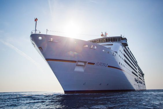 SMALL IS GREAT || Das Luxusschiff EUROPA 2 bietet Platz für maximal 500 Passagiere. || The luxury cruise-ship EUROPA 2 fits the maximum of 500 guests.  || MEMORABLE MOMENTS Eine Kreuzfahrt mit der EUROPA 2 / MEMORABLE MOMENTS A cruise with EUROPA 2. Foto: © Hapag-Lloyd Cruises