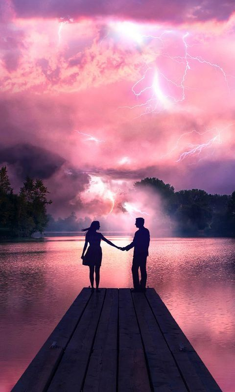Electric Love Couple Holdings Hands At Pier Wallpaper For Iphone And 4k For Laptop Do Cute Couple Pictures Cartoon Couple Holding Hands Photo Poses For Couples
