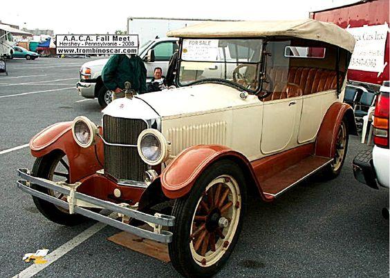 La Scripps-Booth Model Six/39 - Touring, cette automobile de collection fut construite en 1919 à 8 100 unités pour 1919 vendu $1295, carross...