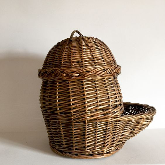 Panier En Osier Wicker : French antique onion basket or potato storage
