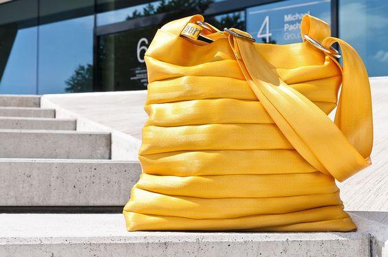 Gertrud Taschen – aus Sicherheitsgurten