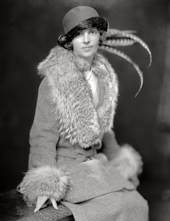 1920s day wear: