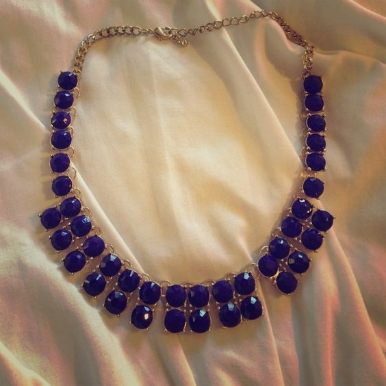 Purple stoned necklace Purple stone and gold necklace. Jewelry Necklaces