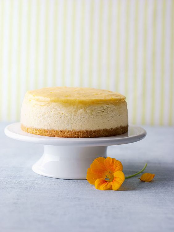 Sunshine White Chocolate Cheesecake-amicella