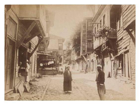 Fotoğraf Koleksiyonu - İstanbul Modern Abdullah Frèresİstanbul'da Bir Sokak, 1870