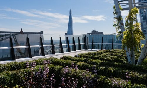 Publicly Accessible Roof Garden At 120 Fenchurch Street London Designed By Landscape Architects Latz Partner Roof Garden Landscape Architect Urban Garden