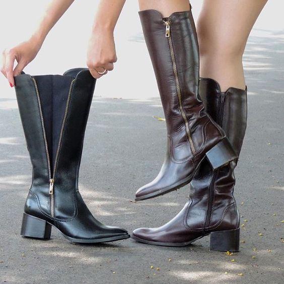 Sabe aquela bota que fica linda tanto nas panturrilhas grossas quanto nas finas?! É essa!!  #boots #andattishoes  www.andatti.com.br | Ref. E012 | 10x 4390 by andattishoes